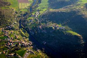 Randonnée Alti'Ligérienne - les gorges de l'Allier vue du ciel