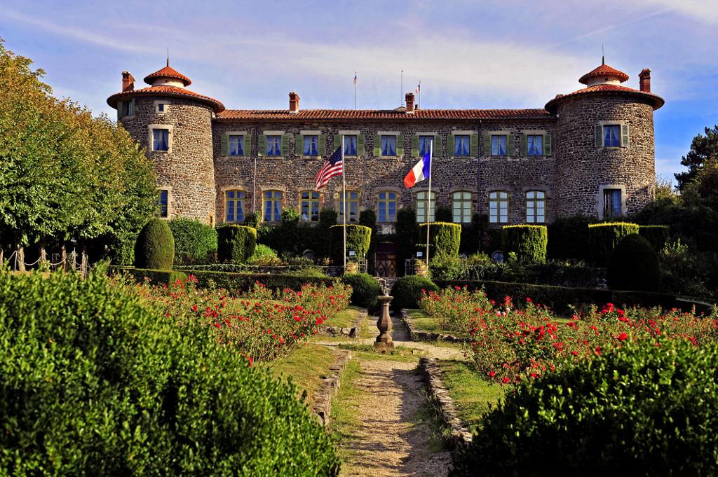 5400e34287f Rando Haute-Loire - Robe de bure et cotte de mailles
