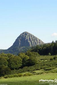 tour-mézenc-gerbier-de-jonc-le mont gerbier-de-jonc