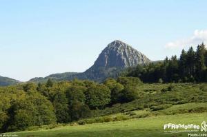 sentier de la loire GR 3 le mont Gerbier de Jonc