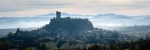 rando la chaise dieu le puy-forteresse de polignac-1200x400